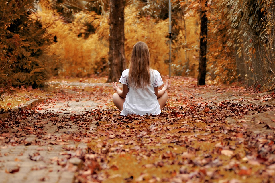 Tu mettici l'intenzione, al resto ci pensa il Cuore: come guarire le ferite dell'anima partendo da uno spazio di assoluto Amore
